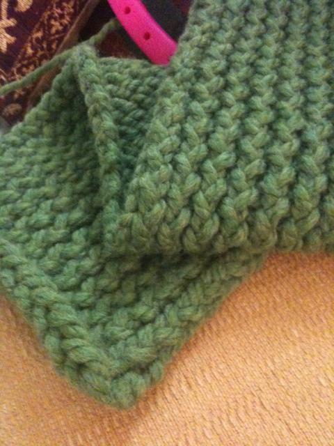 Green scarf (2/2)