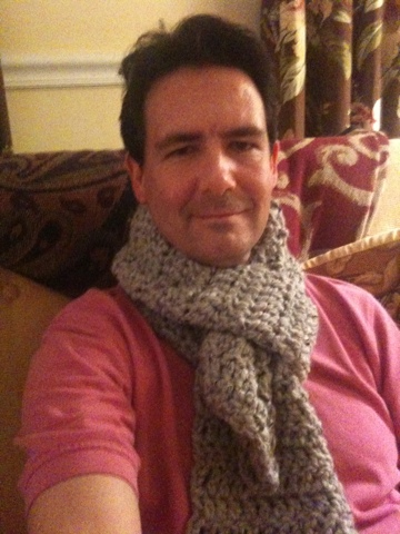 Thick and Quick crocheted scarf (3/3)