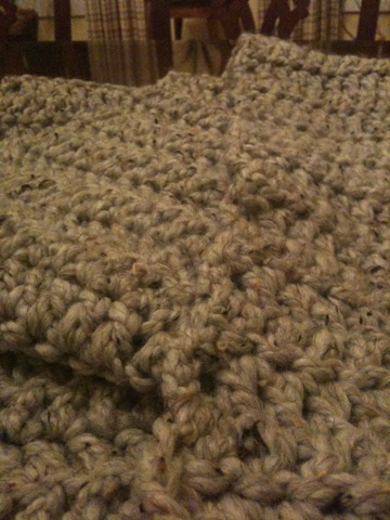 Thick and Quick crocheted scarf (2/3)
