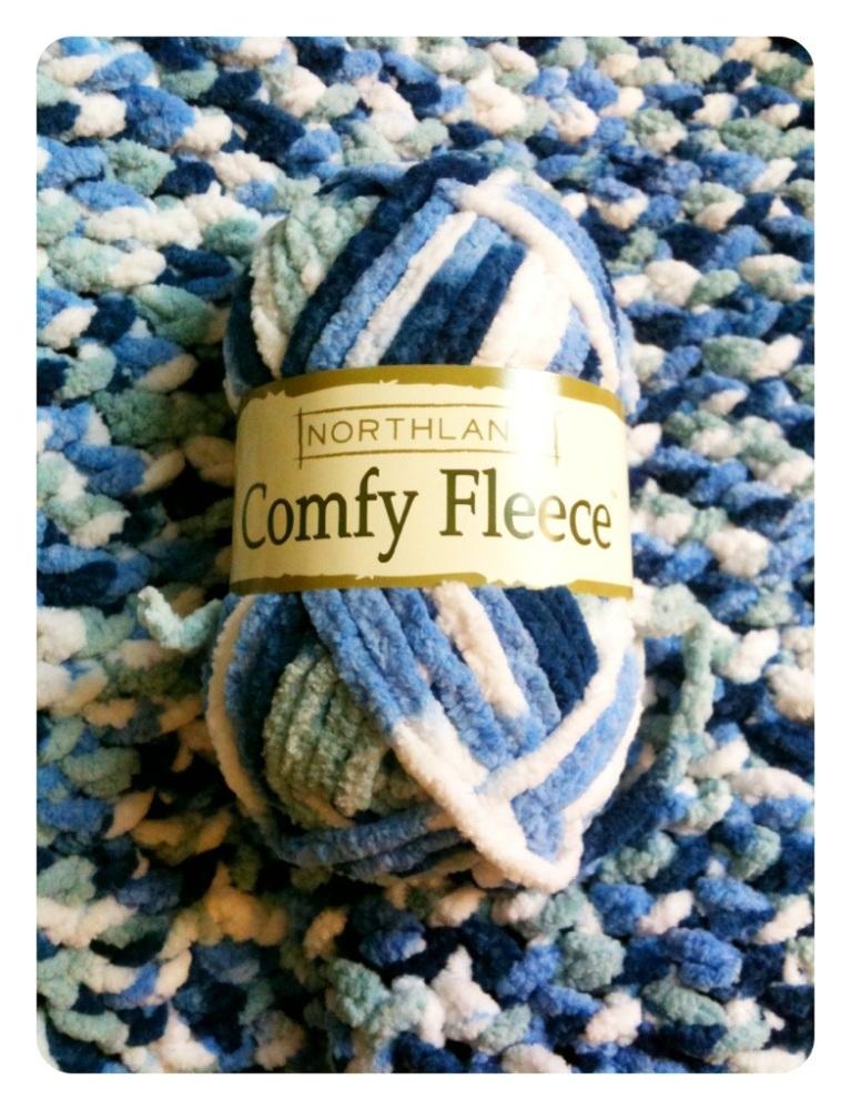 Fleece baby blanket (1/3)