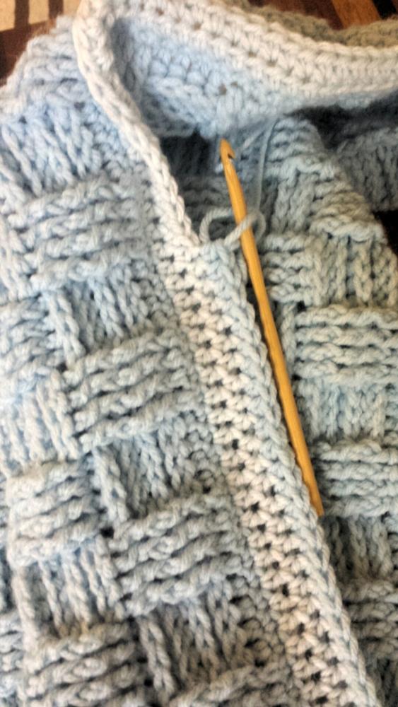 Basket weave baby blanket (3/5)